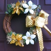Christmas Poinsettias Wreath Gold Grapevine for Wall