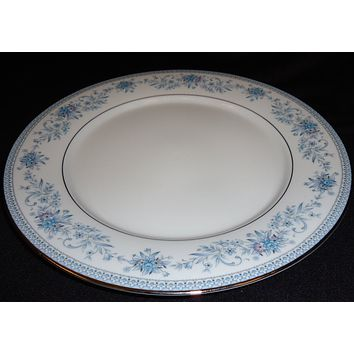Noritake Dinner Plate 10 1/2in Contemporary 2482 Blue Hill Vintage China -- Used