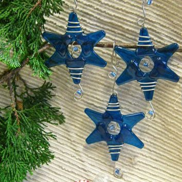 Christmas Star Ornament / 8 color choices / Suncatcher / Gift Wrap Decoration / Teacher Gift / Sun Catcher / Dorm Decor / Fairy Garden Star