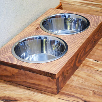 Raised Dog Feeder,Pet feeder,elevated dog feeder,Dog Bowl,elevated dog bowl,pet feeder,raised dog bowl,pet bowl holder,raised pet feed bowls