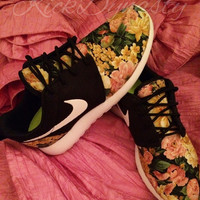 Nike Roshe Run Floral Sneakers Supreme Style Men's & Women's Sizes