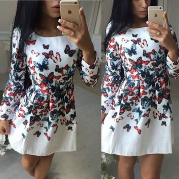 Casual White Butterfly Print Pleated Zipper Round Neck Mini Dress