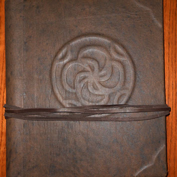 Cassie Blake's Secret Circle - Fully Adjustable Book of Shadows/Scrapbook