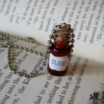 BLOOD 1ml Glass Vial Bottle Necklace Pendant Charm - Vampire Goth Gothic Red - Halloween