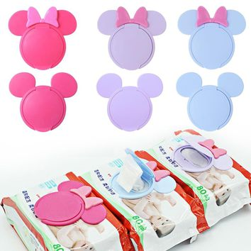 Baby Wipes Lid Baby Wet Wipes Cover Portable Child Wet Tissues Lid Cartoon Mobile Wipes Wet Paper lid Useful Accessories