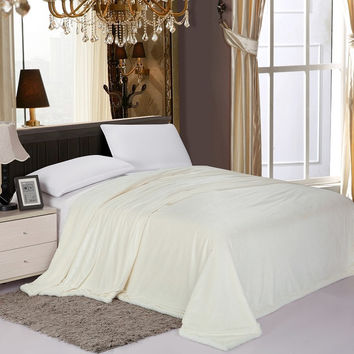 Cozy Home Luxurious Reversible Sherpa Lining Carved Velboa Comforter - Queen (Vanilla)