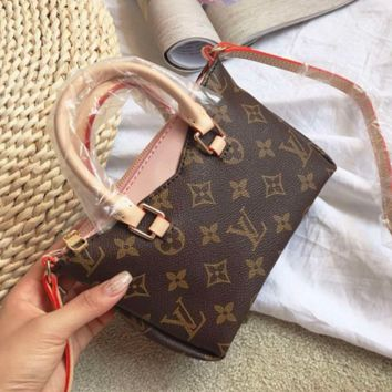 LV functional chain single shoulder small Satchel