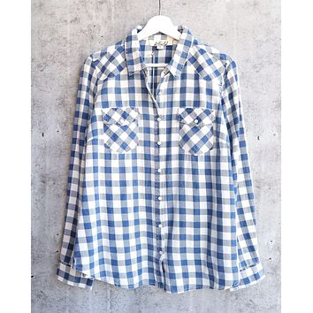 vintage affair soft button up womens plaid flannel long sleeve shirt - indigo/offwhite