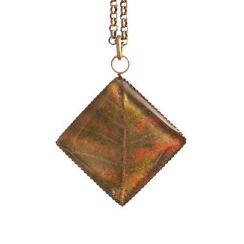 Real autumn leaf necklace - Pressed green-red and yellow leaf - Botanical jewelry - Nature inspired necklace - Autumn necklace - Bronze