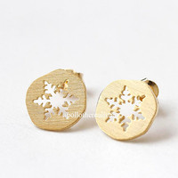 snowflake earrings, snowflake, christmas jewelry, winter earrings, girls earrings, cute earrings, woman earrings, winter jewelry, snow
