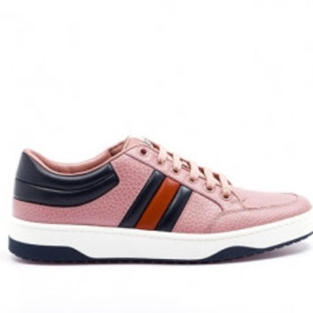 Gucci Signature low top sneakers