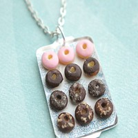 donut tray necklace