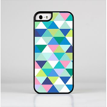 The Vibrant Fun Colored Triangular Pattern Skin-Sert Case for the Apple iPhone 5/5s