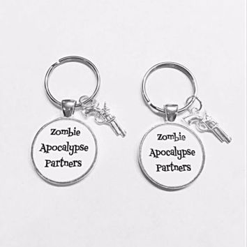 Best Friends Zombie Apocalypse Partners Gun Best Friend Sister Gift Keychain Set