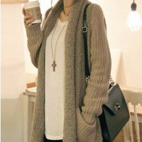 L 073007 bb Loose plush knit cardigan sweater