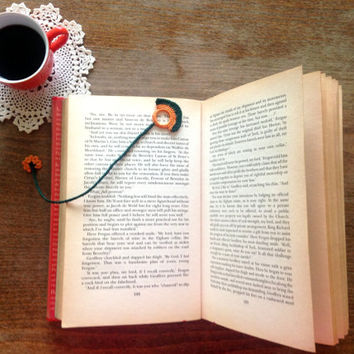 I Love Books Crochet Bookmark, Planner Bookmark, Book Nerd Gift, Literary Accessories, Love Reading Bookmark Favors, Librarian Gift