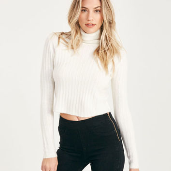 Cropped Turtleneck Sweater | Wet Seal