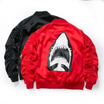 Dropshipping 2017 New Spring Red Shark Bomber Jacket Men Streetwear Brand-clothing