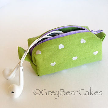 Olive Green and Hearts Tiny Zipper Pouch, Mini Zipper Pouch Key Chain, Earbud Pouch, Essential Oils Keychain