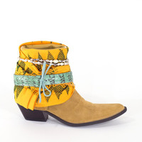 Southwestern Boots Festival Art Tribal Cowboy Western Ankle Boots Size 7