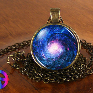 Handmade Space Star Planet 3 Universe Glass Pendant Galaxy Nebula Necklace Gift