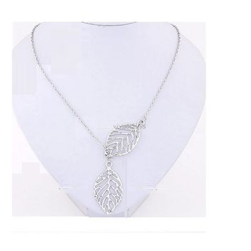 Simple Hollow Double Leaf Silver Color Fatima Bar Necklace