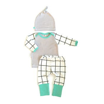Modern Square Baby Boy Coming Home Outfit with Matching Beanie Hat Gift Set