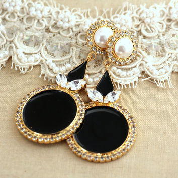 Black Gold Pearls Chandelier earrings, Rhinestone chandeliers, Swarovski earrings,Bridal earrings,Statement earrings,Crystal chandeliers