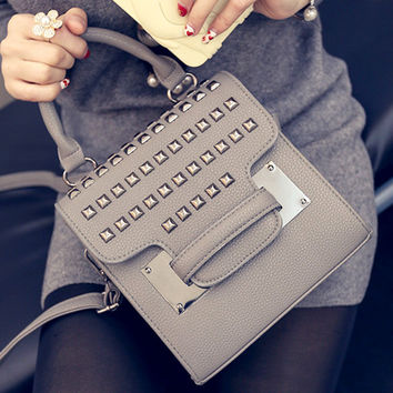 Women fashion handbags on sale = 4473035268