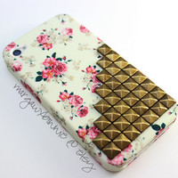 FREE Shipping US -- White Vintage Flower Rose Brass Pyramid Studded Silicone Matte iPhone 4 4S Phone Case AT&T Verizon Sprint