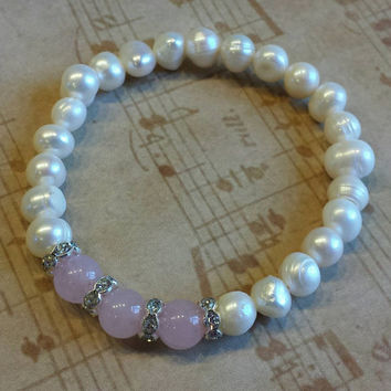 Handmade Cultured White Freshwater Pearls and Pink Rose Quartz Gemstone Beads Stretch Bracelet with Crystal Rondelles