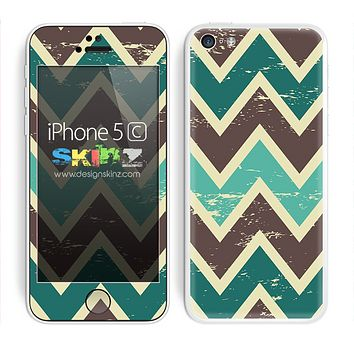 Vintage Tans Chevron Pattern V5 Skin For The iPhone 5c