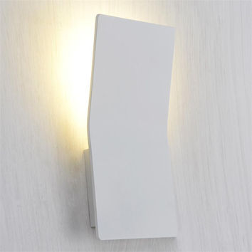 LED Indoor wall Light Surface Mounted Bedside Lamps Modern Acrylic Sconce Lighting For Living Bed Room LED Wall Luminaria 3W