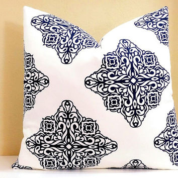 Navy and White Medallion pillow cover - 16x16 18x18 20x20 22x22 24x24 - All Sizes available