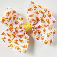 Pinwheel Hairbow, Halloween Hairbow, Candy Corn, Toddler Hair Bows, Hair Clips, Petite Bows, 3 Inch, Girls Hairbows, Toddler, Hair Bows