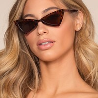 Chic Me Out Sunglasses - Tortoise