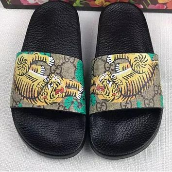 One-nice™ GUCCI Men and women couples print word sandals Slipper Shoes