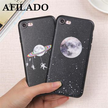 Fashion Astronaut Moon Earth Soft Slim Coque Cover for IPhone 5s Phone Case Space Silicone Ultra Thin Shell Capa for iphone 5 se