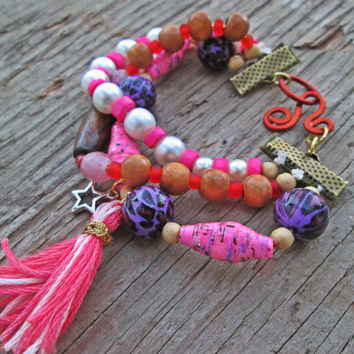 Upcycled, recycled, repurposed pink tassel bracelet - Paper bead jewelry - Boho bracelet - Neon pink - Eco friendly - Teen girl jewelry