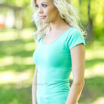NikiBiki Seamless Tee in Mint