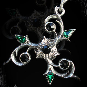 Handmade Elven triskel pendant, gothic pendant, celtic necklace, victorian pendant, norse jewelry, celtic, triskel, trinity
