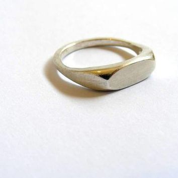 simple silver wedding ring/band