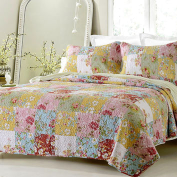 Cherry Hill Prairie Multi Color Printed Quilt Set Twin or Queen