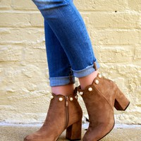 Scalloped Pearl Booties: Taupe