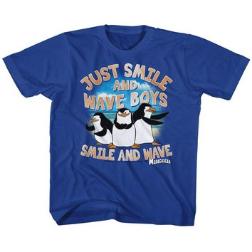 Madagascar Kids T-Shirt Just Smile and Wave Boys Royal Tee