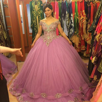 Gorgeous Ball Gown Prom Dresses 2017 Off the Shoulder Appliqued Tulle Light Purple Princess ballkleid Floor Length Custom made