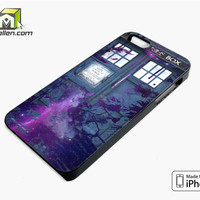 Dr Who Tardis Police Box Galaxy Nebula iPhone 5s Case Cover by Avallen