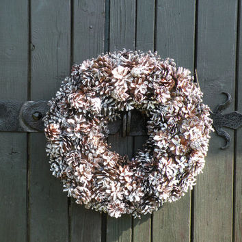 Pine cone wreath, Christmas wreath, pinecone, white  wreath,  door wreath, front door decor, wreaths,  winter wreath,  christmas weddings