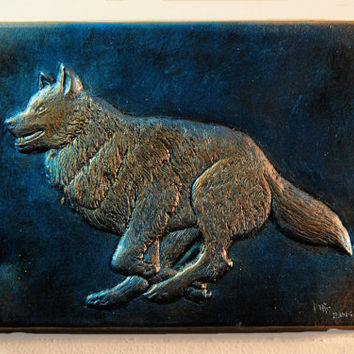 Gift for Him Wise Wolf Stone Art, Rustic Garden Art, Outdoor Wall Art, Wolf Wall Plaque, Running Wolf Sculpture