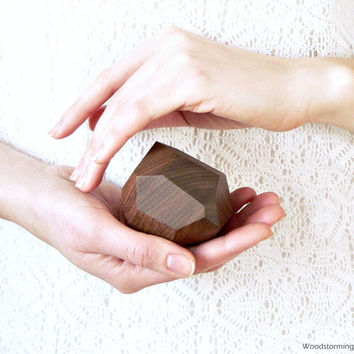 Faceted wood ring box - engagement ring box - original proposal gift by Woodstorming - MADE TO ORDER